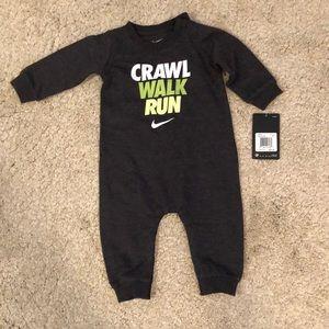 NWT Nike onesie 6 months